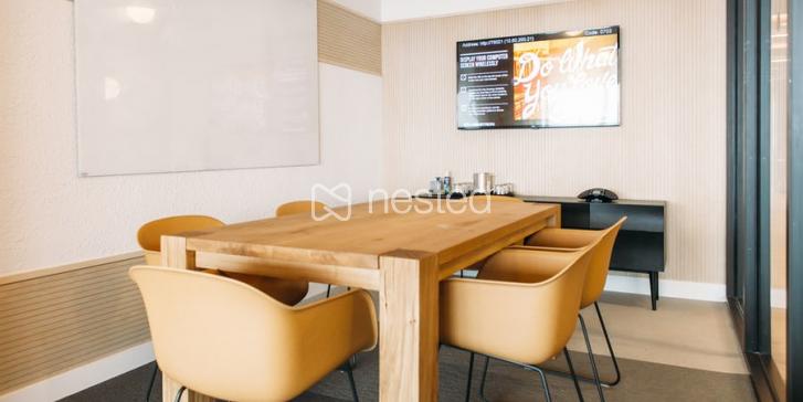 Hot Desk_image